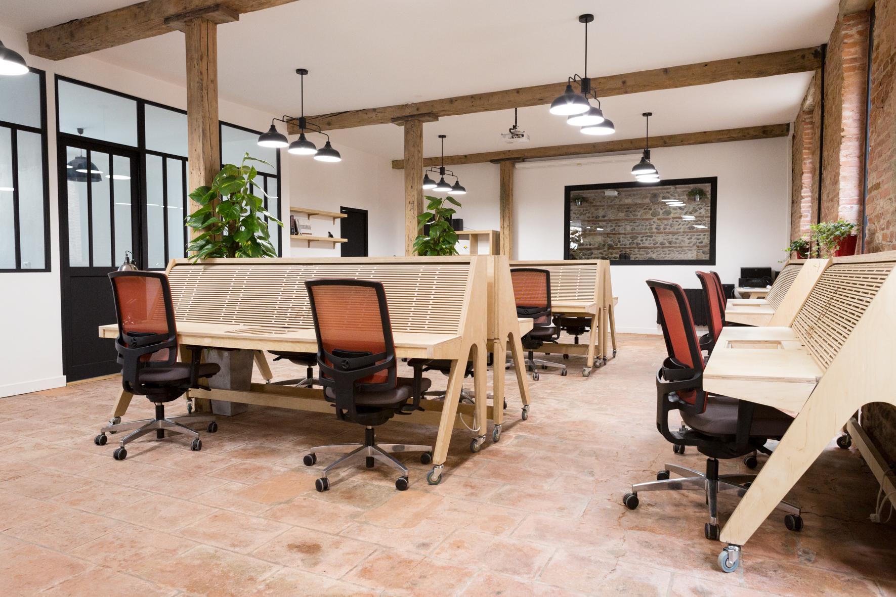 local votre bureau dans un espace convivial et chaleureux. Black Bedroom Furniture Sets. Home Design Ideas